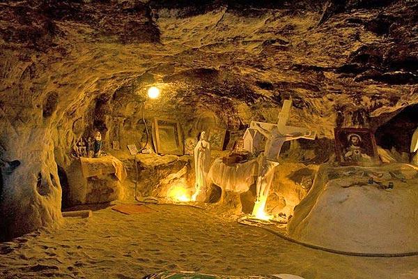 У Страдчанській печерній каплиці