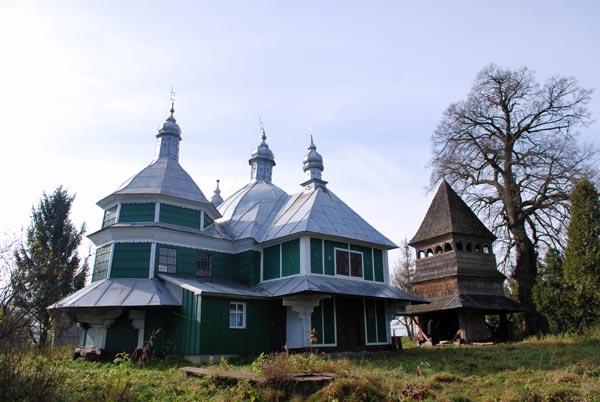 Mahnivci-cerkva-Kosmy-i-Damiana