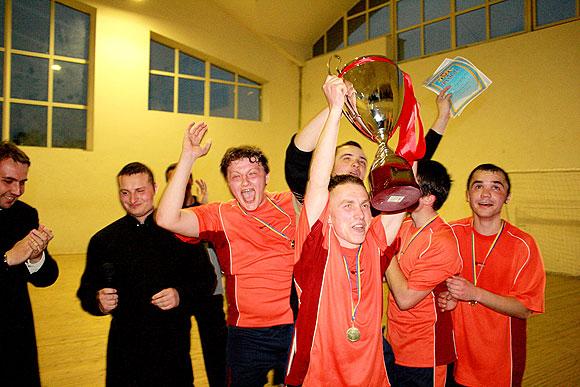 Семінарійна футбольна команда - переможець багатьох турнірів