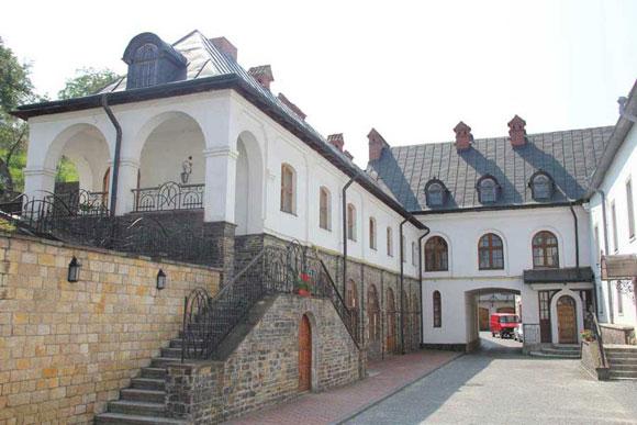 Сучасний архітектурний ансамбль монастиря св.Онуфрія