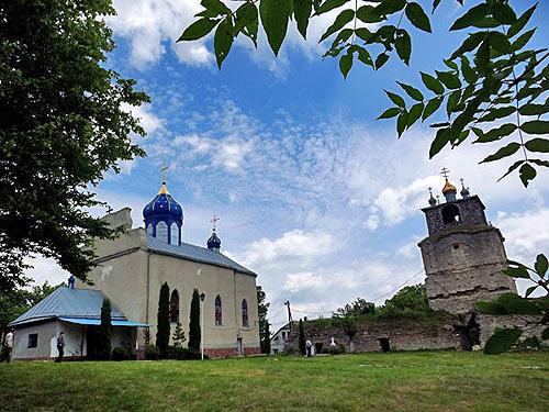 В церкви в Хмельницкой области есть фреска Страшного Суда: в аду Ленин, Сталин и Троцкий_1