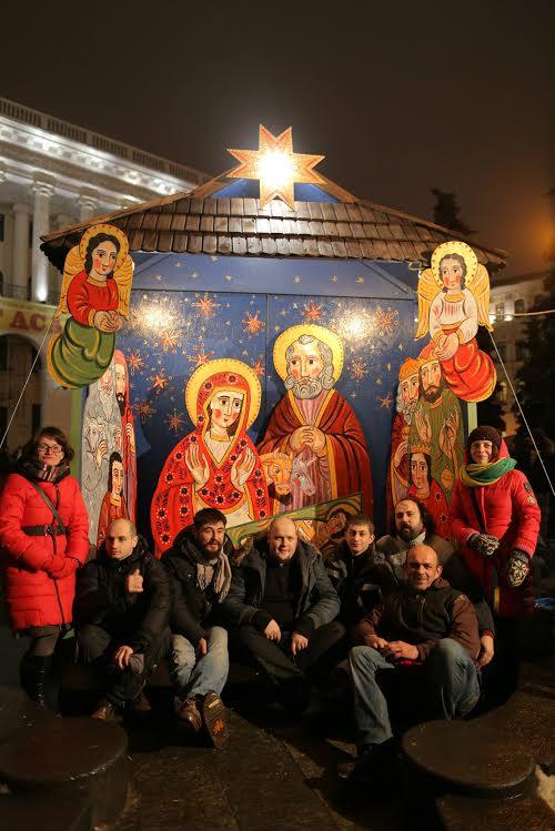 Різдвяна шопка на Євромайдані