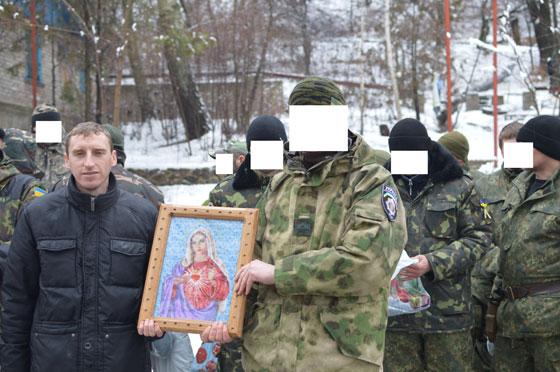 о. Руслан П'яста разом з воїнами - обличчя вони просили не показувати