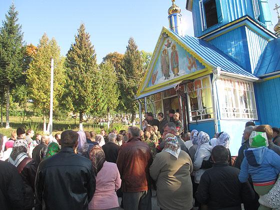 Конфлікт у селі Бутин на Тернопільщині – один із перших переходів усієї громади на хвилі вражень від Революції Гідності