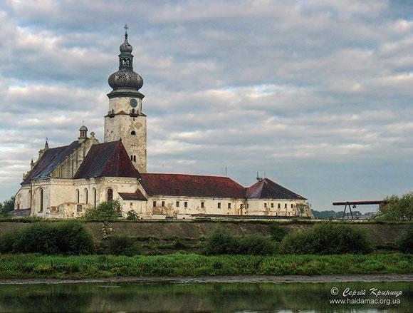 Монастир бернардинів (початок XVII століття) – Сокальська виправна колонія 47