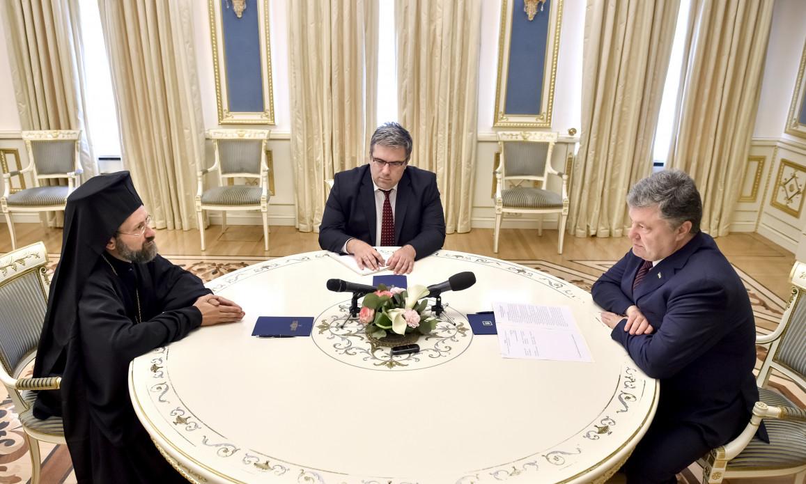 PRESIDENT POROSHENKO HELD MEETING WITH REPRESENTATIVE OF ECUMENICAL PATRIARCHATE
