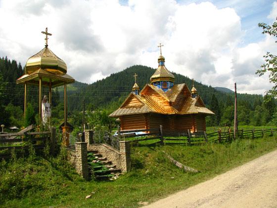 Нова православна церква в Дземброні