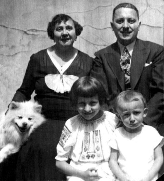 Сімейне фото за 1935 рік