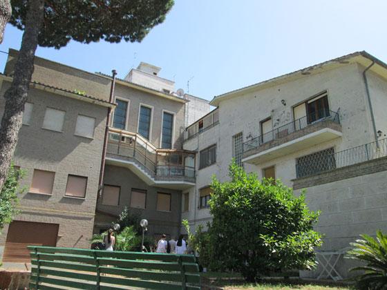 «Студіон» – монастир монахів студитів у Кастель-Гандольфо за 22 км від Риму, який придбав Йосиф Сліпий, і в якому архімандритом був Любомир Гузар