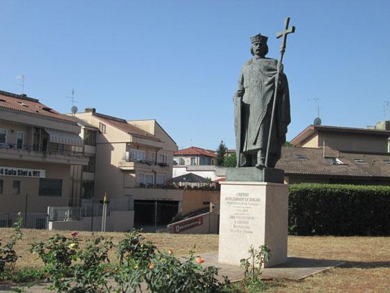 Пам'ятник великому князеві київському Володимиру на Via Boccea біля Собору Святої Софії у Римі