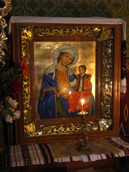 Криворівнянська ікона Божої Матері