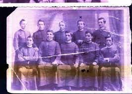 о. М. Балтович у колі співбратів по служінню - четвертий зліва у другому ряді