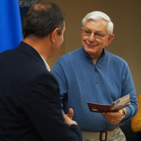 старший капелан Військово-повітряних сил США Роберт Майкл Гікс