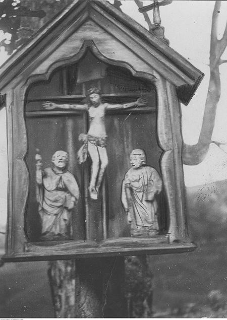 Природожня капличка у Королеві Руській (тепер Королева Горішня) 1918–1934 рр. (фото audiovis.nac.gov.pl)