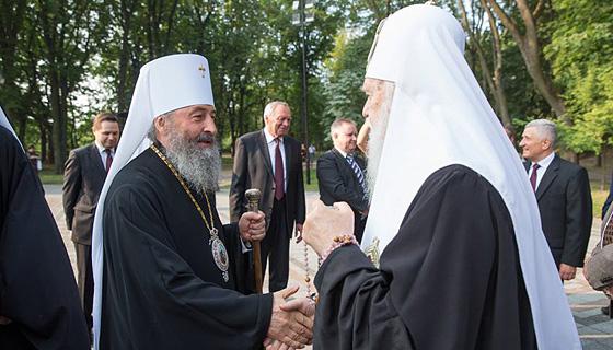 Капитуляция или компромисс? Представители советской церковной номенклатуры могли бы договориться о десоветизации украинской церкви.