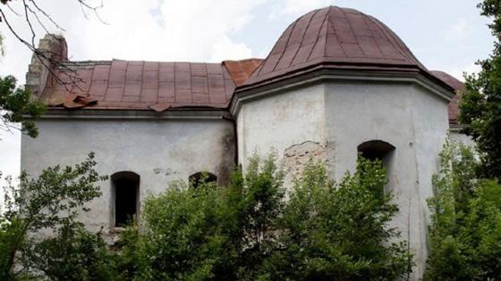 Костел в Магерові