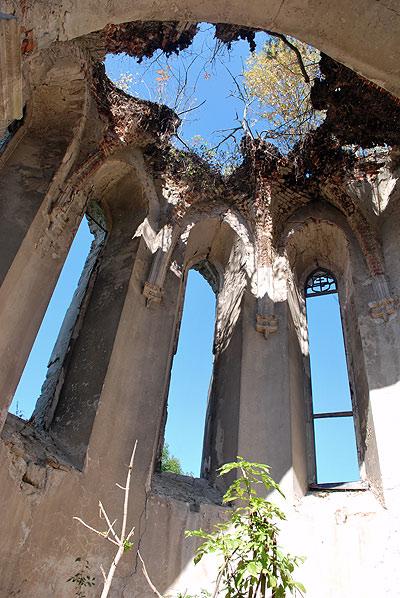 Костел, сьогоднішнє фото, вигляд зі середини