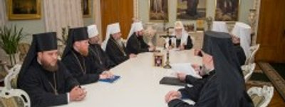 Synod of the UOC-KP threatens to ban its clergy for political campaigning and to excommunicate the faithful for corruption