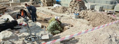 Illegal archaeological excavations carried out near St. Volodymyr's Cathedral in Chersonesos