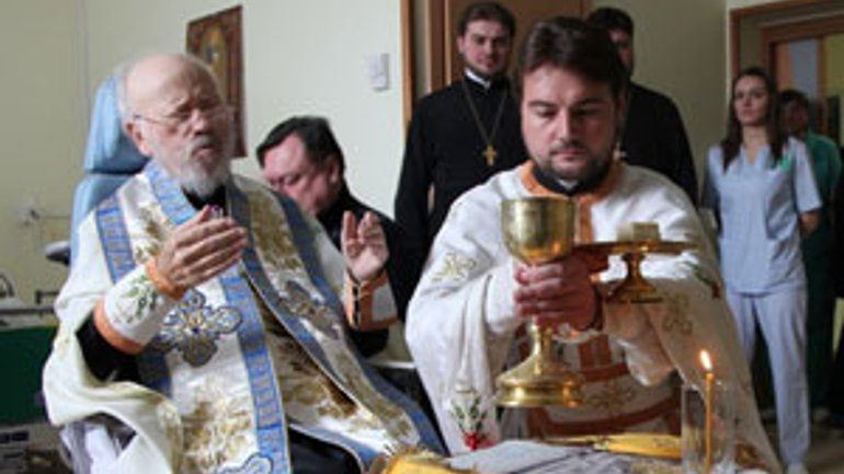 Metropolitan Volodymyr Refutes Claims of His Incapability by Celebrating Liturgy - фото 1