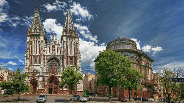 Костел Святого Миколая у Києві нарешті повернуть релігійній громаді_1