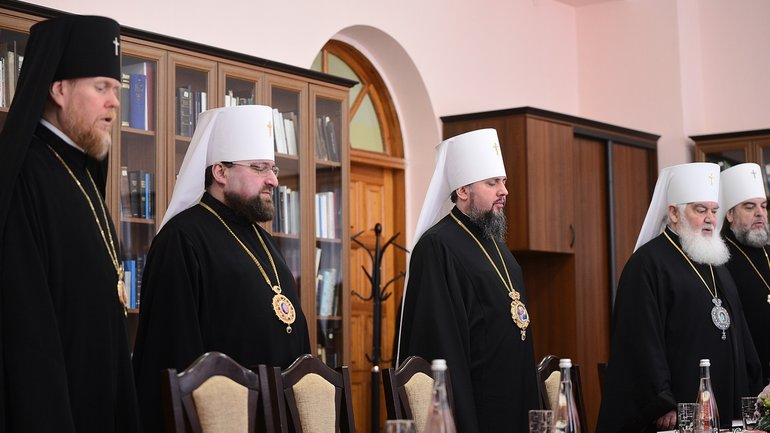 OCU Synod suspend Filaret's activities and bans to perform consecrations - фото 1