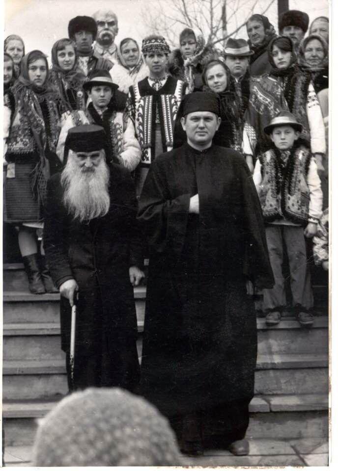 Старець з Дори о. Порфирій Чучман та єромонах Йосиф після святкувань дня народження Кобзаря у Дорі