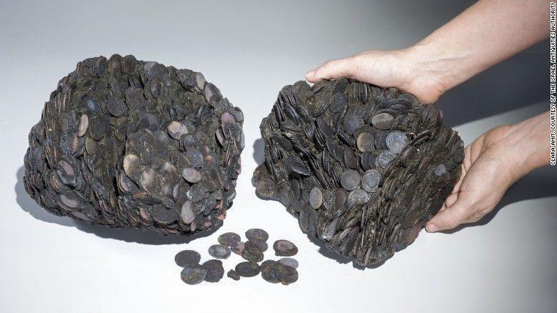 Біля Кесарії виявили затонуле судно з монетами та скульптурамидавньоримських богів - фото 58347