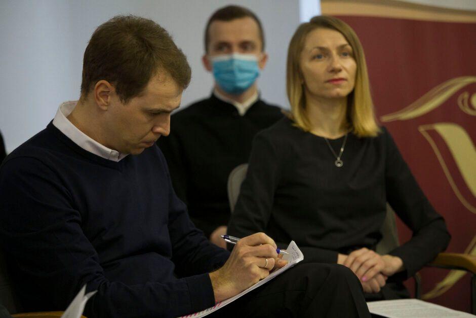 Професор Тарас Пшеничний і дослідниця Катерина Будз