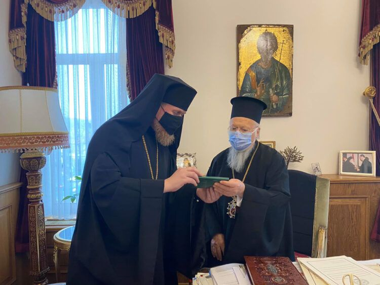 Archbishop of Chernihiv: Moscow Patriarchate puts Patriarch of Jerusalem in a difficult position - фото 70415
