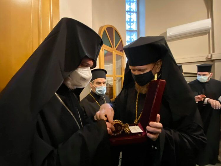 Archbishop of Chernihiv: Moscow Patriarchate puts Patriarch of Jerusalem in a difficult position - фото 70416