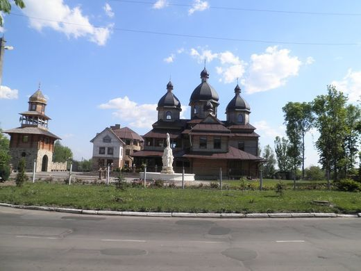 The priest worked abroad for 15 years to build a church and create a successful living Parish in Ukraine - фото 70675