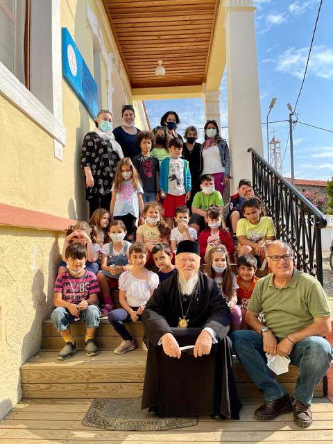Митрополит ПЦУ відвідав Патріарха Варфоломія у його родинному селі на острові Імбросі - фото 73703